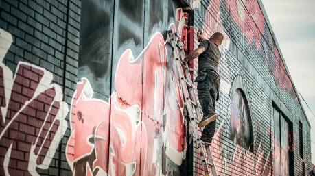 graffiti-1380108_1920.jpg