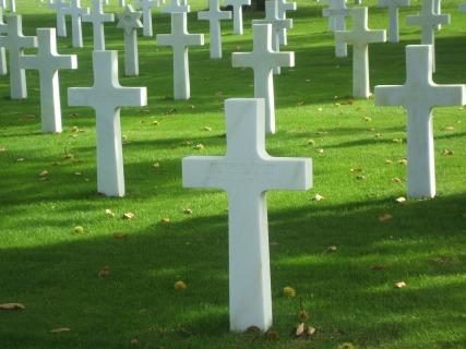graves-1050521_1920